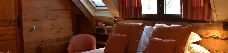 DOUBLE ATTIC Val de Ruda Hotel Chalet