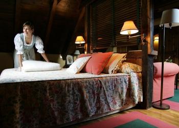 ROOM SERVICE Val de Ruda Hotel Chalet