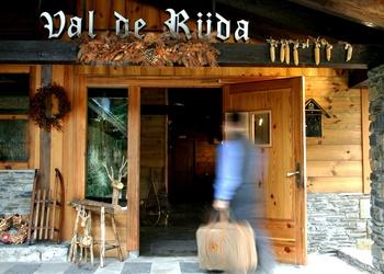 YOUR HOTEL IN BAQUEIRA BERET Val de Ruda Hotel Chalet